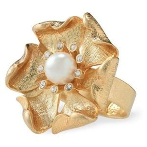 Charlotte Pearl Ring (New in Box)
